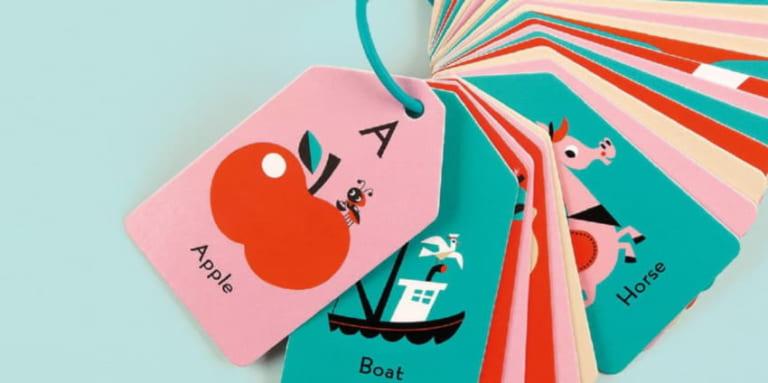Học tiếng Anh qua flashcard đang là một phương pháp rất được ưa chuộng ở các nước phát triển và cả ở Việt Nam